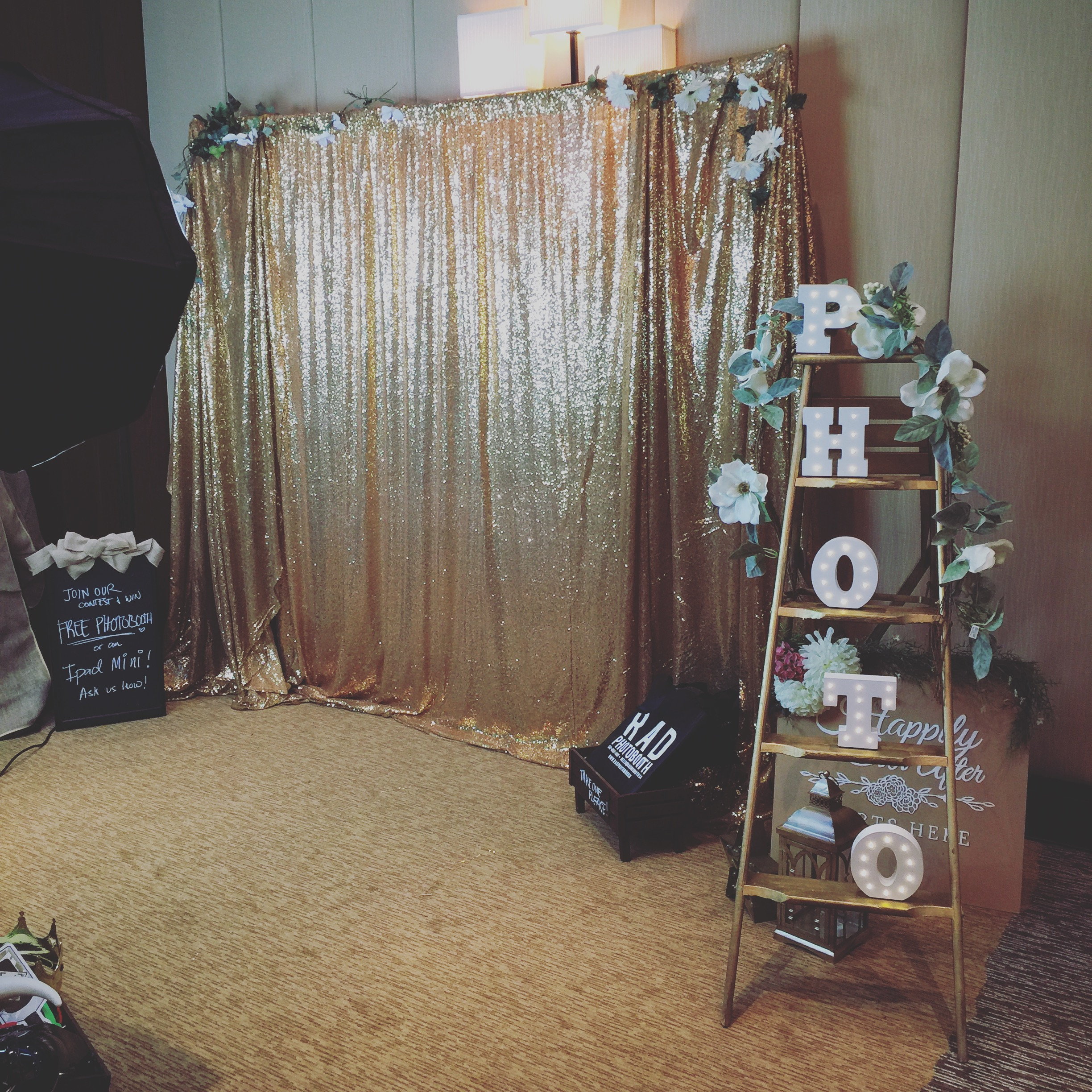 Gold sequin backdrop for rent toronto for Backdrop decoration for birthday