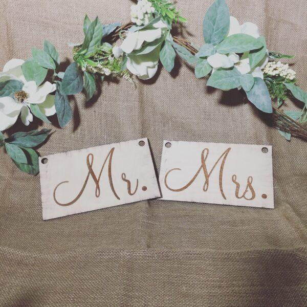 Mr & Mrs Wooden Sign
