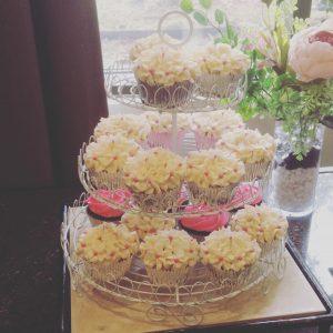 3 Tier White Cupcake Stand