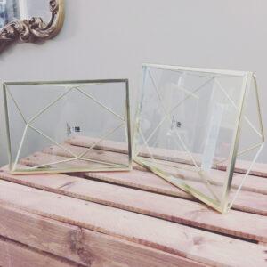Umbra Frames
