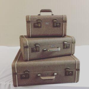 3-vintage-piece-suitcases-30