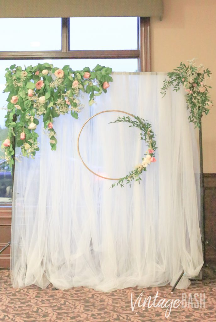 Gorgeous Greenery Wedding Backdrop Inspiration