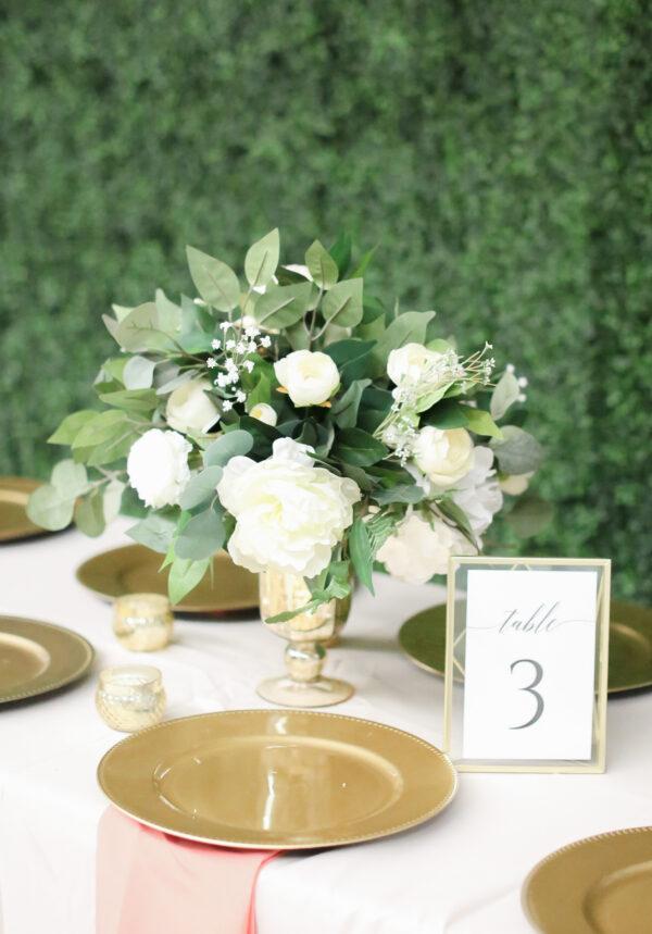 garden style centerpiece green white wedding