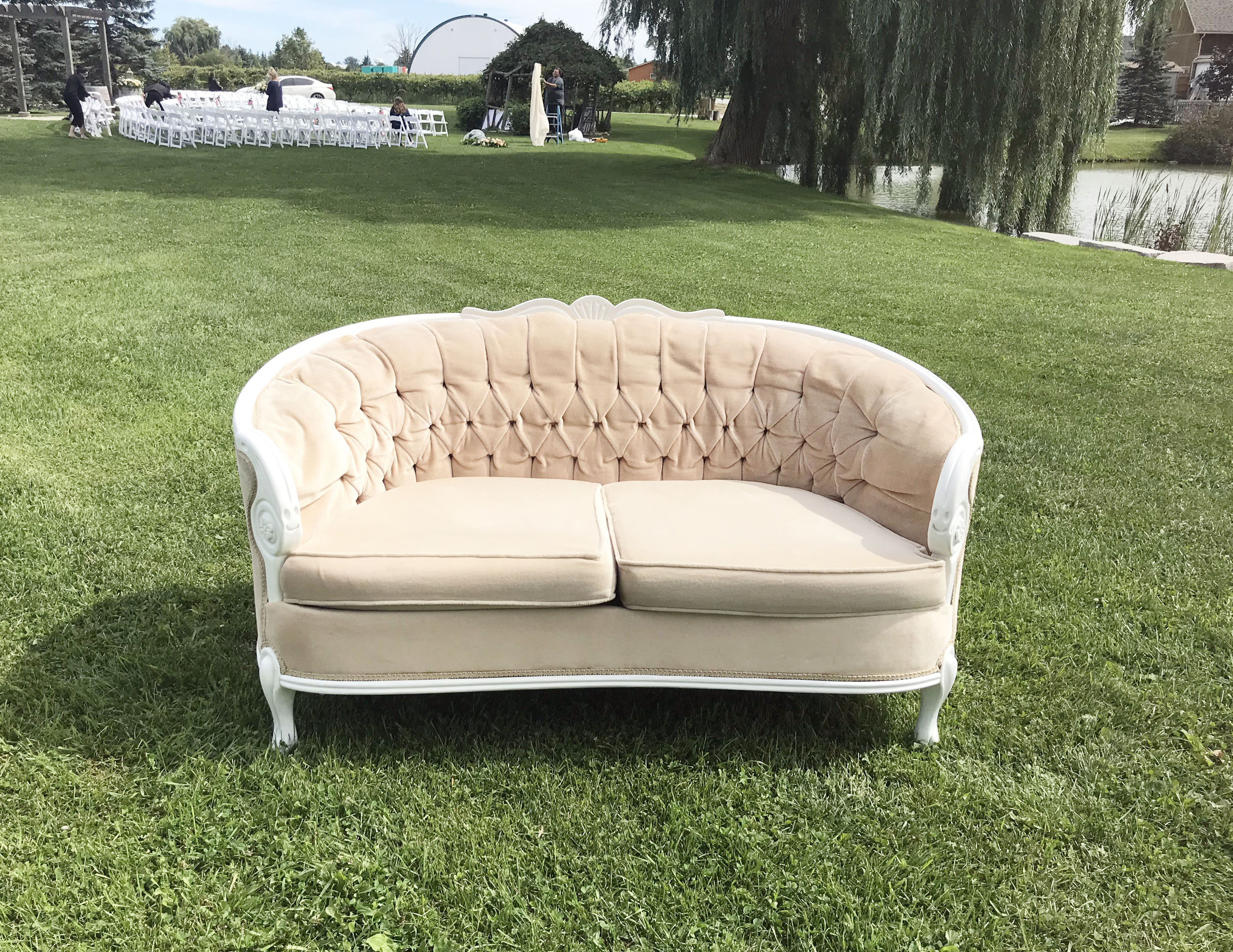 Remarkable Nancy Peach Ornate Sofa Love Seat Seating Gmtry Best Dining Table And Chair Ideas Images Gmtryco