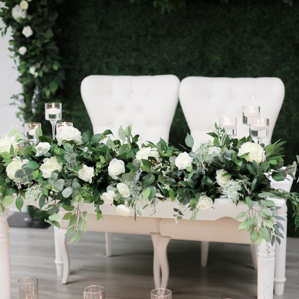 Floral Garland Sweet Heart Table