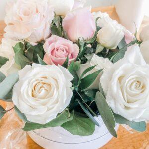 Infinite · Chic Roses Flower Box